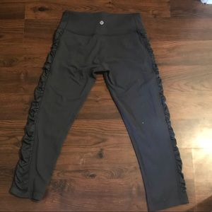 Lululemon crops with rutched side detail